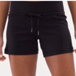 """Lululemon Knockout Shorts Black 4.5"""""""